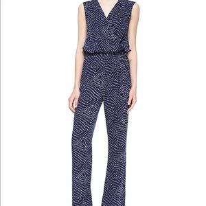 Perfect condition DVF romper with waist belt